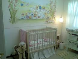 A good example of a cot placed in the middle of the wall, away from the window